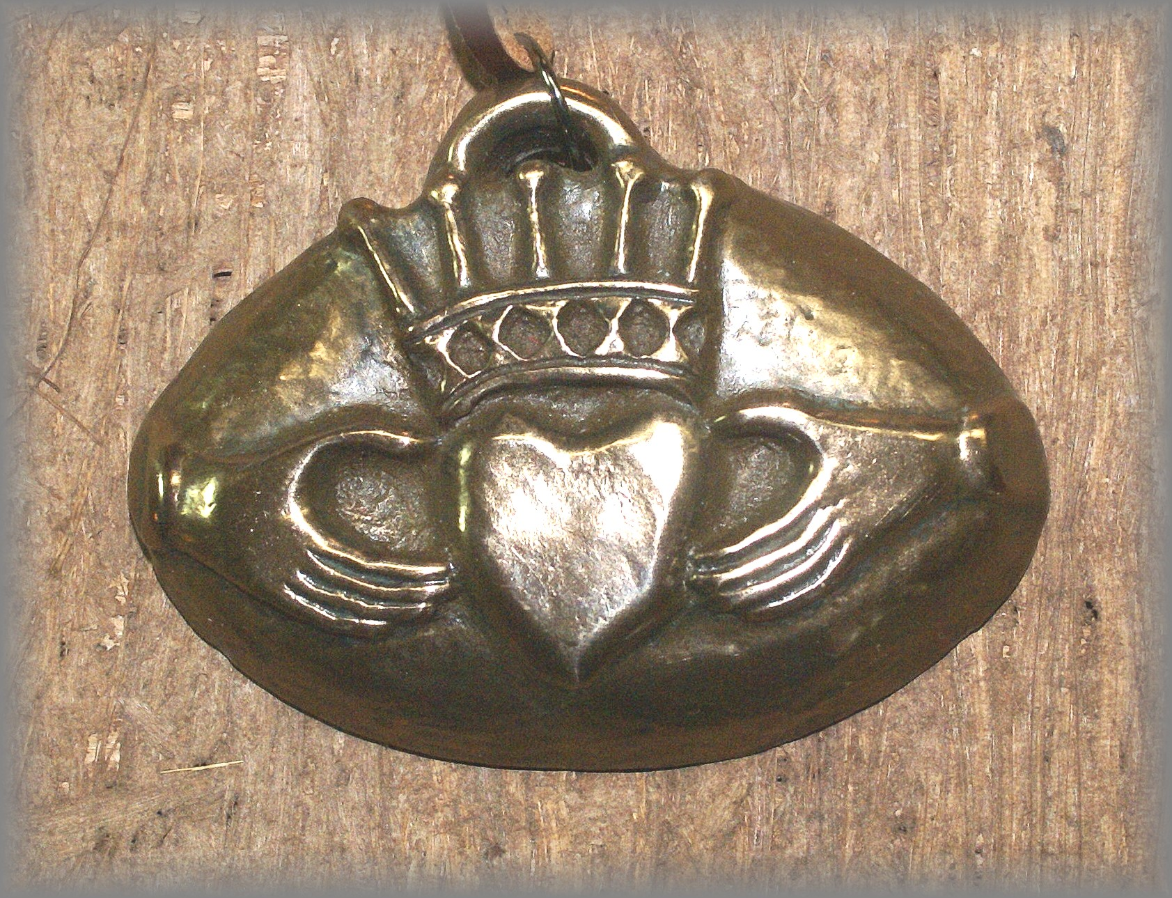 CLADDAGH - click icon for more information