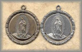 RW.MLG.1 - OUR LADY of  GUADALUPE - vintage, Mexico/early 20c - (1.75 in.)