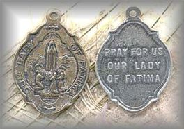 M.OLF.03 - OUR LADY of FATIMA  - vintage, unknown - (1 in.)