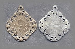 M.EH.2 - FLEUR de LYS EUCHARIST - antique, Europe/1910 - (1 in.)