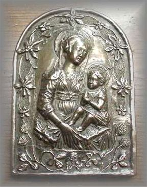 WG.13.f - MADONNA  & CHILD (Large) Floral Frame  (7 in. H x 4.875 in. W)
