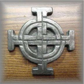 WG.39 - ROUND CELTIC CROSS -  (4.5 in.)
